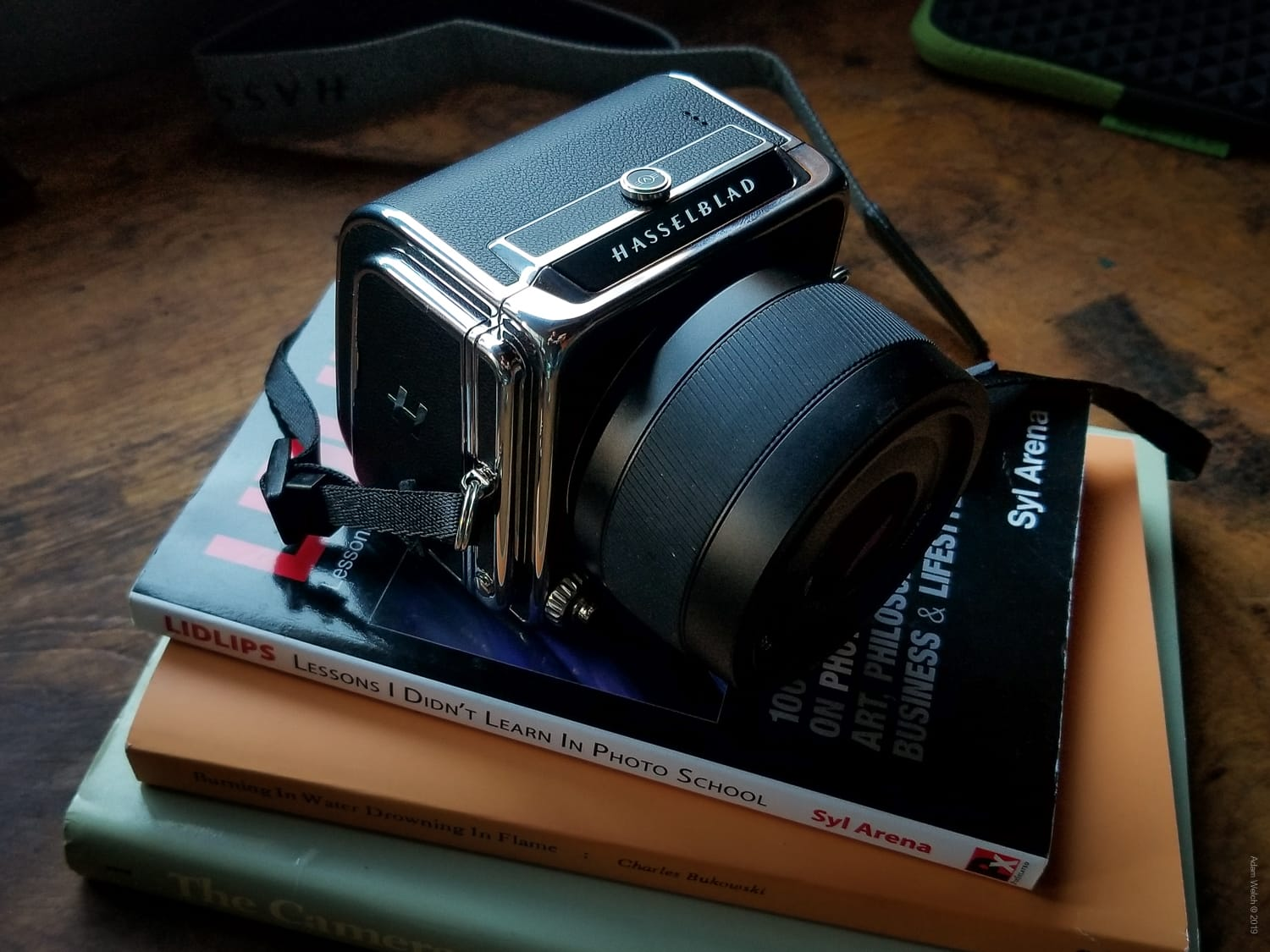 In-Depth Review of the Hasselblad 907X 50C Medium Format Mirrorless Camera